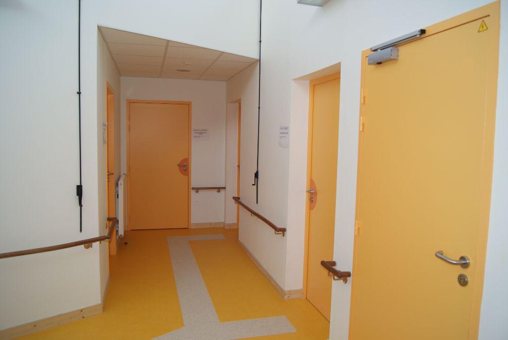 Atelier bois portes et portes coupe feu scofab for Porte coupe feu bois 1h