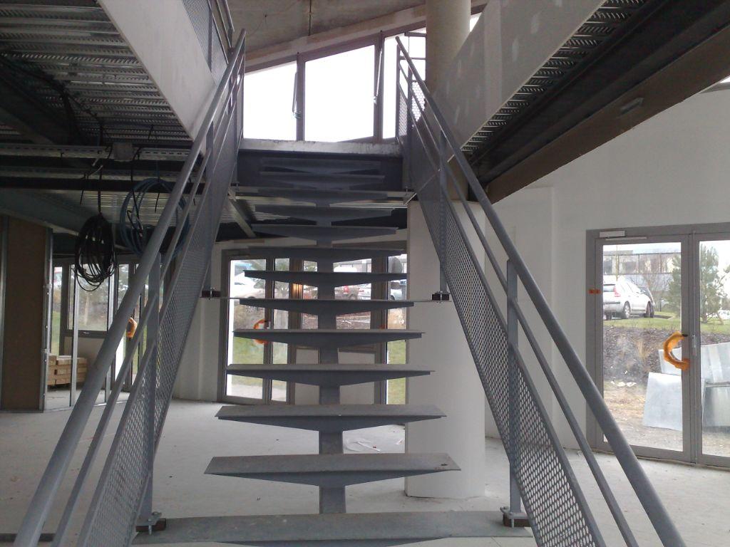 serrurerie metallerie escaliers scofab. Black Bedroom Furniture Sets. Home Design Ideas